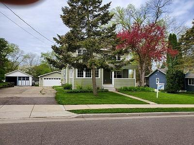 Green Lake County Single Family Home For Sale: 401 Lake St Street