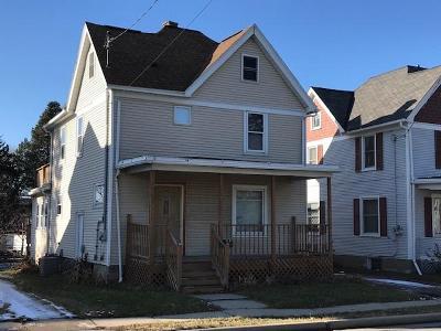 Beaver Dam Single Family Home For Sale: 716 North University Ave Avenue