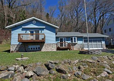 Columbia County Single Family Home For Sale: W10588 Tipperary Rd Road
