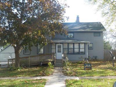 Ripon Multi Family Home For Sale: 401 Spaulding Ave Avenue