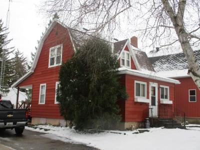 Markesan Single Family Home For Sale: 155 West Caroline St Street