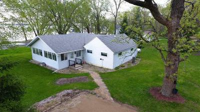 Green Lake County Single Family Home For Sale: W6570 Puckaway Rd Road