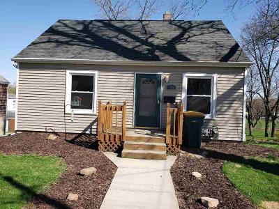 Beaver Dam Single Family Home For Sale: 315 Rosendale St Street