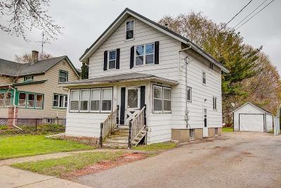 Beaver Dam Single Family Home For Sale: 429 South University Ave Avenue