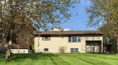 Dodge County Single Family Home For Sale: N6194 South Crystal Lake Rd Road