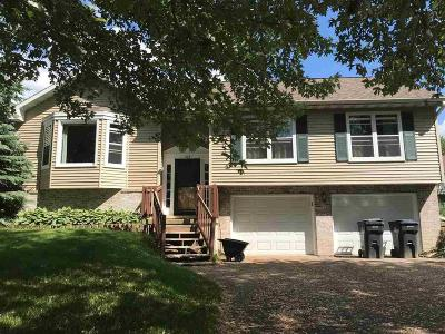 Fall River Single Family Home For Sale: 209 Sleepy Hollow Rd Road
