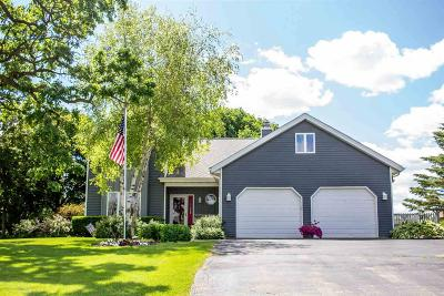Dodge County Single Family Home For Sale: 405 North Fairfield Ave Avenue