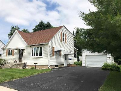 Fox Lake Single Family Home For Sale: 303 West Crocker St. Street