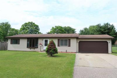 Columbia County Single Family Home For Sale: W10588 Airport Rd Road