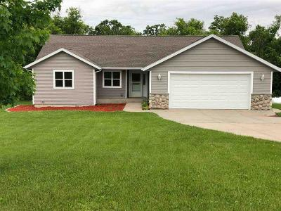 Columbia County Single Family Home For Sale: W8322 Bilkie Rd Road