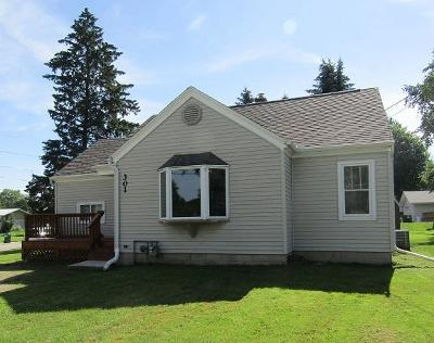 Ripon Single Family Home For Sale: 301 Union St Street