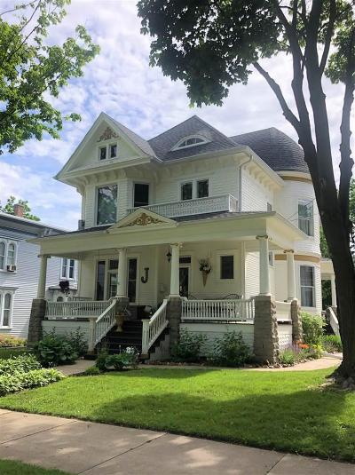 Fond du Lac County Single Family Home For Sale: 527 Watson St Street