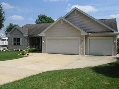 Columbia County Single Family Home For Sale: 640 Morningstar Dr Drive