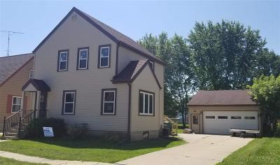 Waupun Single Family Home For Sale: 621 Roosevelt St Street