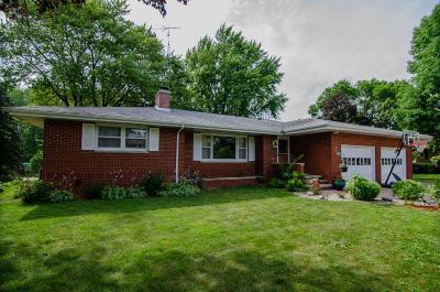 Fox Lake Single Family Home For Sale: 109 Jansen Dr Drive
