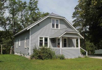 Green Lake County Single Family Home For Sale: 503 South Farmer St Street