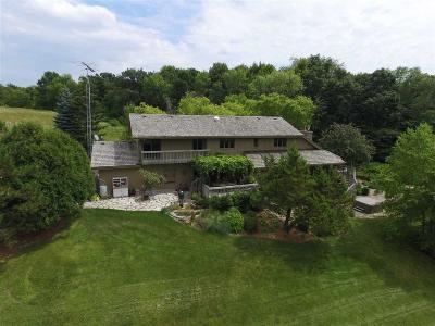 Fond Du Lac Single Family Home For Sale: W4147 Kiekhaefer Pky