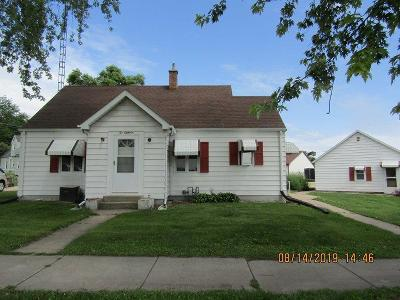 Green Lake County Single Family Home For Sale: 218 Ripon Rd Road