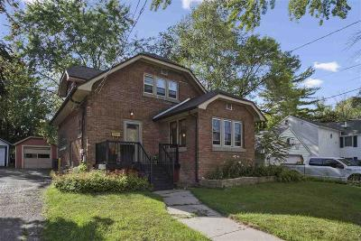 Dodge County Single Family Home For Sale: 614 West St Street