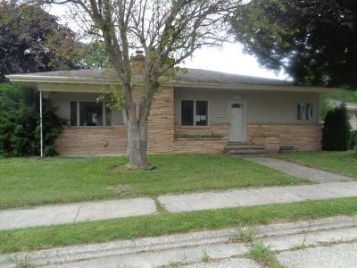 Dodge County Single Family Home For Sale: 1008 South Ave Avenue