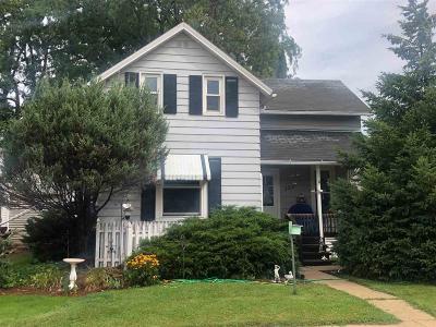 Beaver Dam Single Family Home For Sale: 132 Vermont St Street