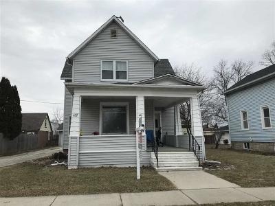 Fond Du Lac Multi Family Home For Sale: 430 Center Street Street