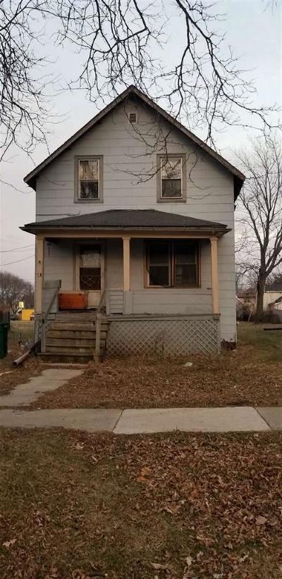 Fond Du Lac WI Single Family Home For Sale: $45,000