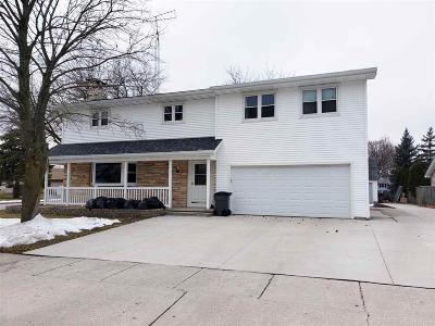 North Fond Du Lac Single Family Home For Sale: 1801 Chapman Avenue Avenue