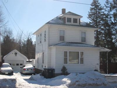 Markesan Single Family Home For Sale: 152 West John Street Street