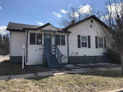 Dodge County, Fond Du Lac County Single Family Home For Sale: 218 West Follett Street Street