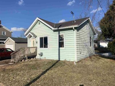 Fond Du Lac WI Single Family Home For Sale: $54,000
