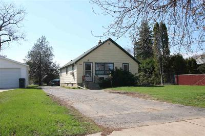 Dodge County, Fond Du Lac County Single Family Home For Sale: 366 South Hickory Street Street
