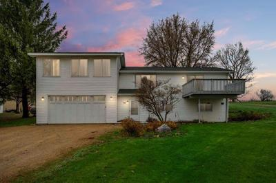 Omro Single Family Home For Sale: 8678 Banner Hill Road Road