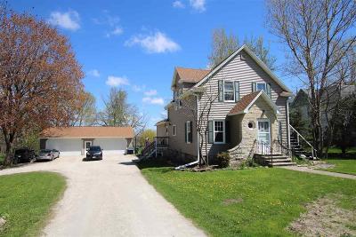 Oakfield Single Family Home For Sale: 137 West Waupun Street Street