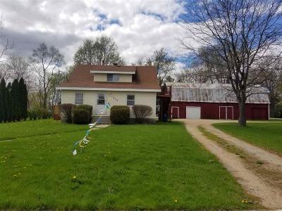 Omro Single Family Home For Sale: 635 Elm Street Street