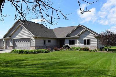 Fond du Lac County Single Family Home For Sale: W3270 Skylane Drive Drive