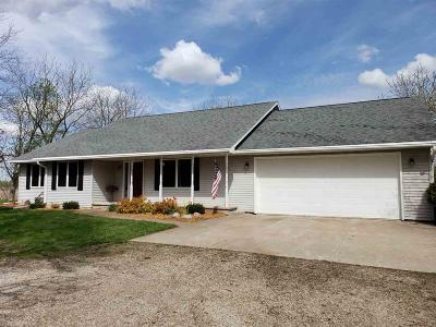 Omro Single Family Home For Sale: 4994 Hwy 116