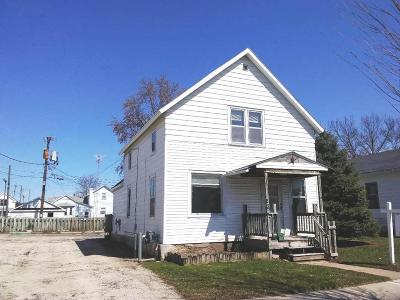 Fond Du Lac WI Single Family Home For Sale: $68,900