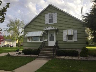 North Fond Du Lac Single Family Home For Sale: 427 Illinois Avenue Avenue