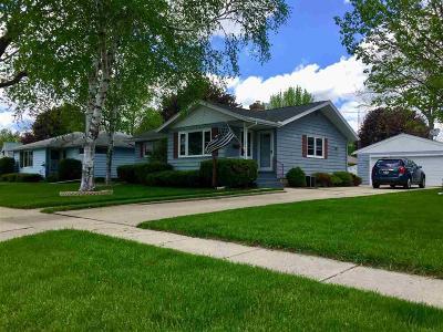 Waupun Single Family Home For Sale: 232 Pleasant Avenue Avenue
