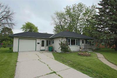 North Fond Du Lac Single Family Home For Sale: 908 Minnesota Avenue Avenue