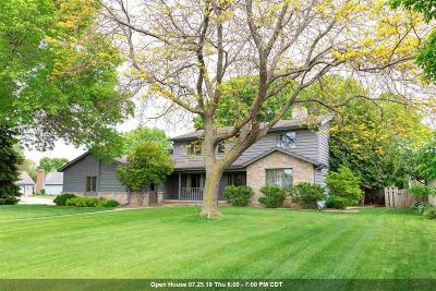 Winnebago County Single Family Home For Sale: 1879 Cricket Court Court