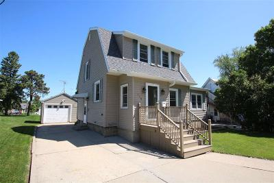 Dodge County Single Family Home For Sale: 116 West Jefferson Street Street