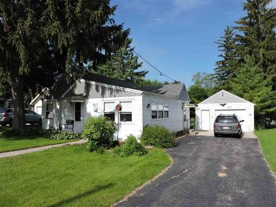 Omro Single Family Home For Sale: 827 South Webster Avenue Avenue