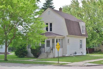 Fond du Lac County Single Family Home For Sale: 439 Saratoga Avenue Avenue
