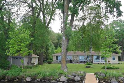 Fond du Lac County Single Family Home For Sale: N8986 Bergens Beach Road Road