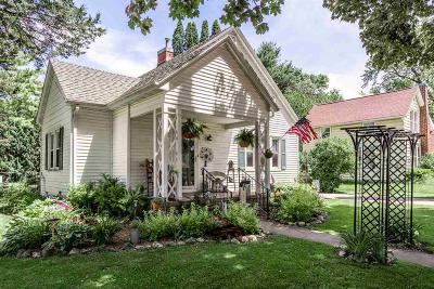 Ripon Single Family Home For Sale: 728 State Street Street