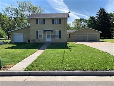 Green Lake County Single Family Home For Sale: 228 Center Street Street