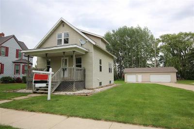 North Fond Du Lac Single Family Home For Sale: 902 Wisconsin Avenue Avenue