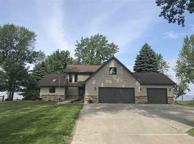Fond du Lac County Single Family Home For Sale: N8260 Deadwood Point Road Road